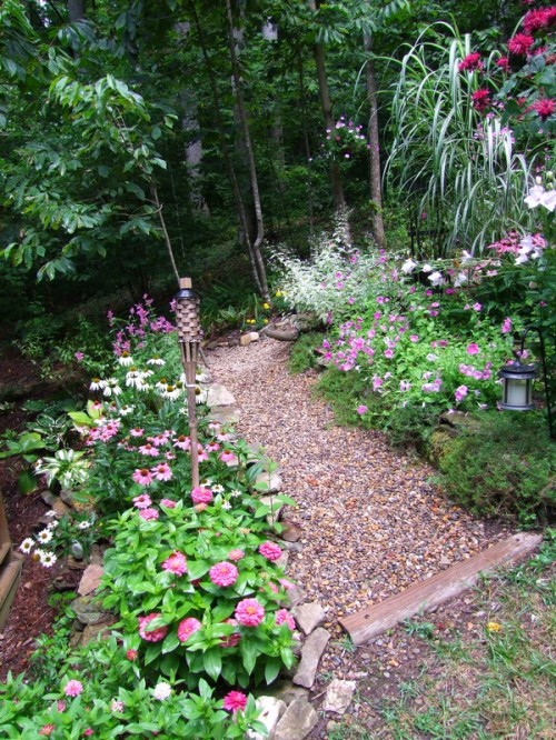 path around slope bed